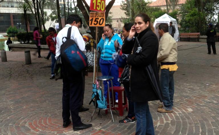 Colombia payphones